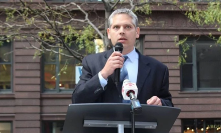 Illinois AG Candidate Robbed While Doing Photo-shoot