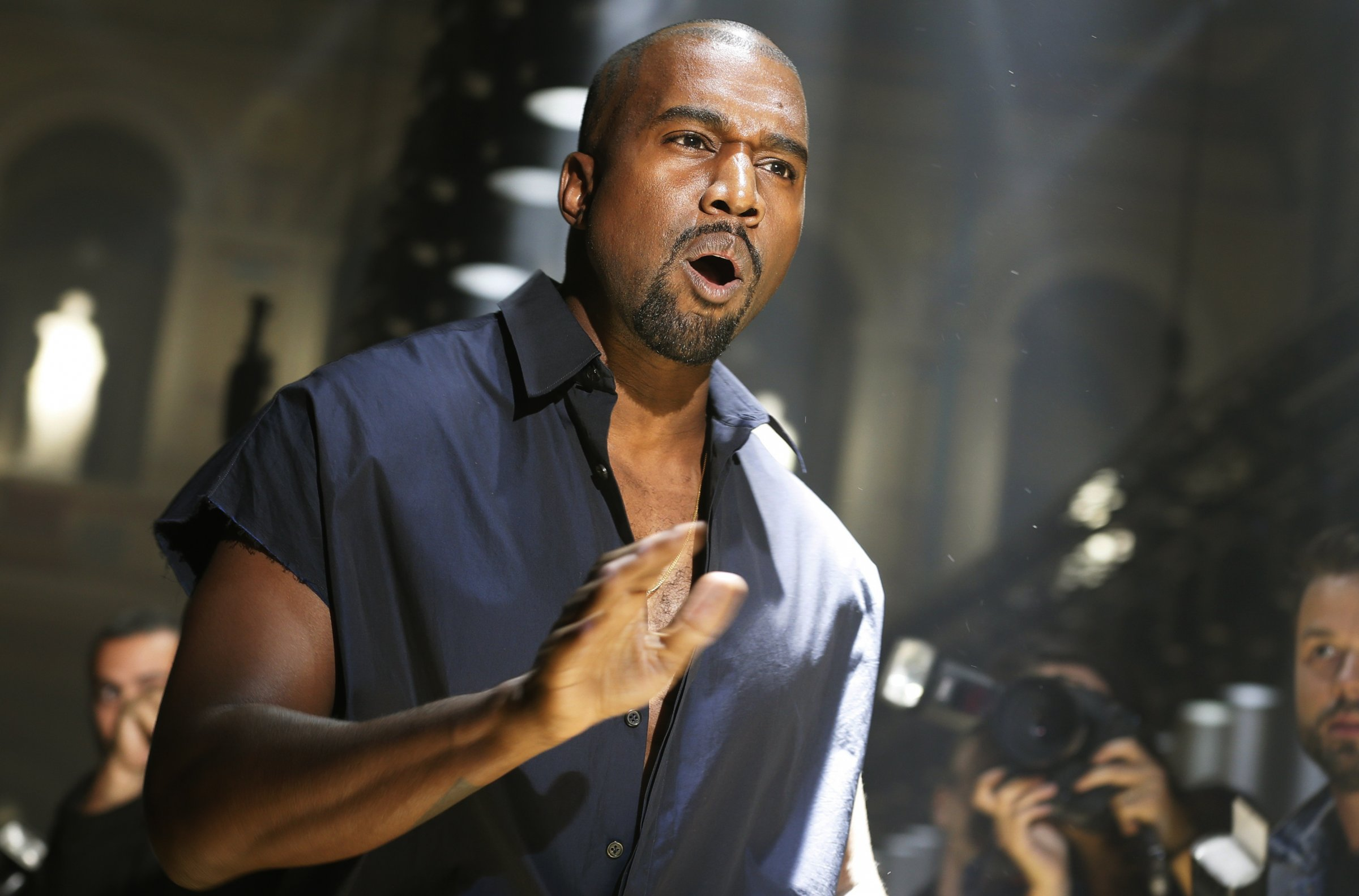 Kanye\'s Red Pill Wave Among Celebrities Is Scaring Leftists ...